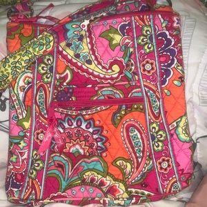 Vera Bradley side purse (NEVER USED)